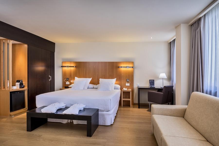 OCCIDENTAL CADIZ BY BARCELO HOTEL GROUP - Hotel cerca del Estadio Ramón de Carranza