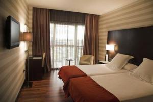 ZENIT PAMPLONA - Hotel cerca del Estadio Reyno de Navarra