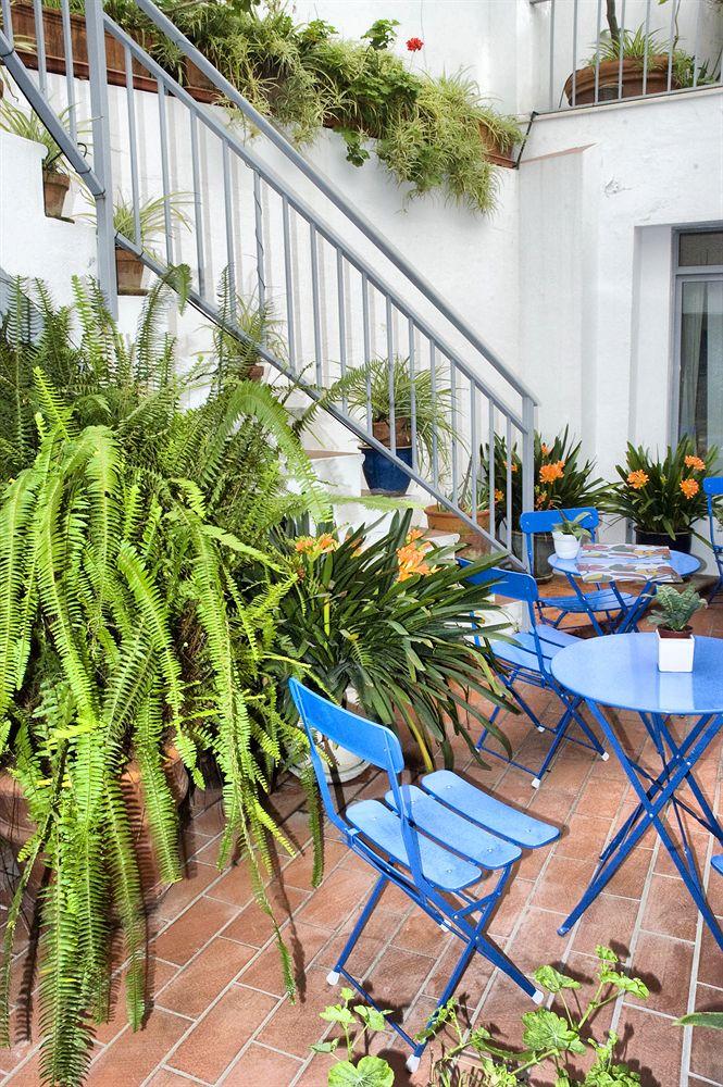 PLAZA SANTA LUCIA - Hotel cerca del Bar Bueno