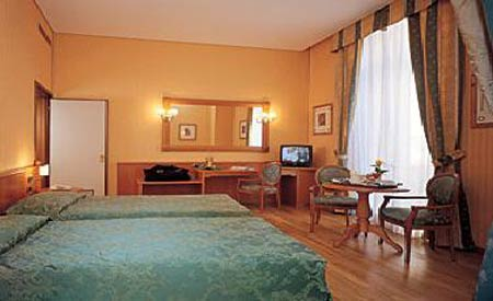 http://www.hotelresb2b.com/images/hoteles/104291_foto1_room3.jpg