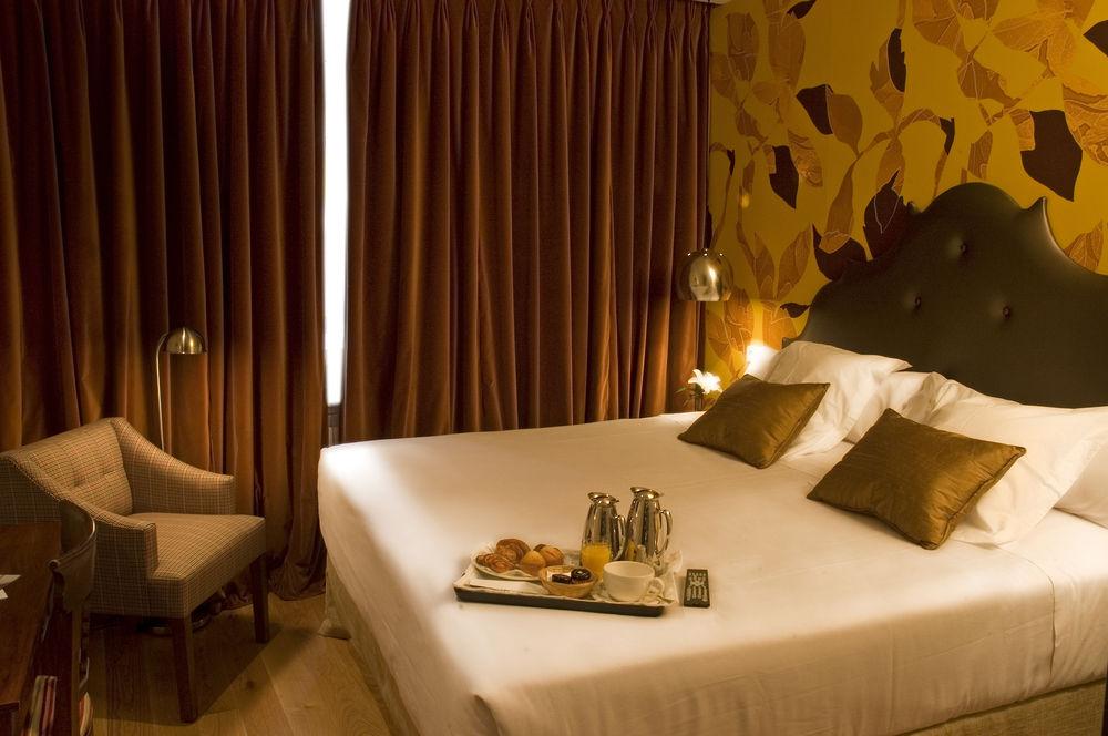 HOTEL CUÉNTAME LA PUEBLA - Hotel cerca del Aeropuerto de Burgos Villafria