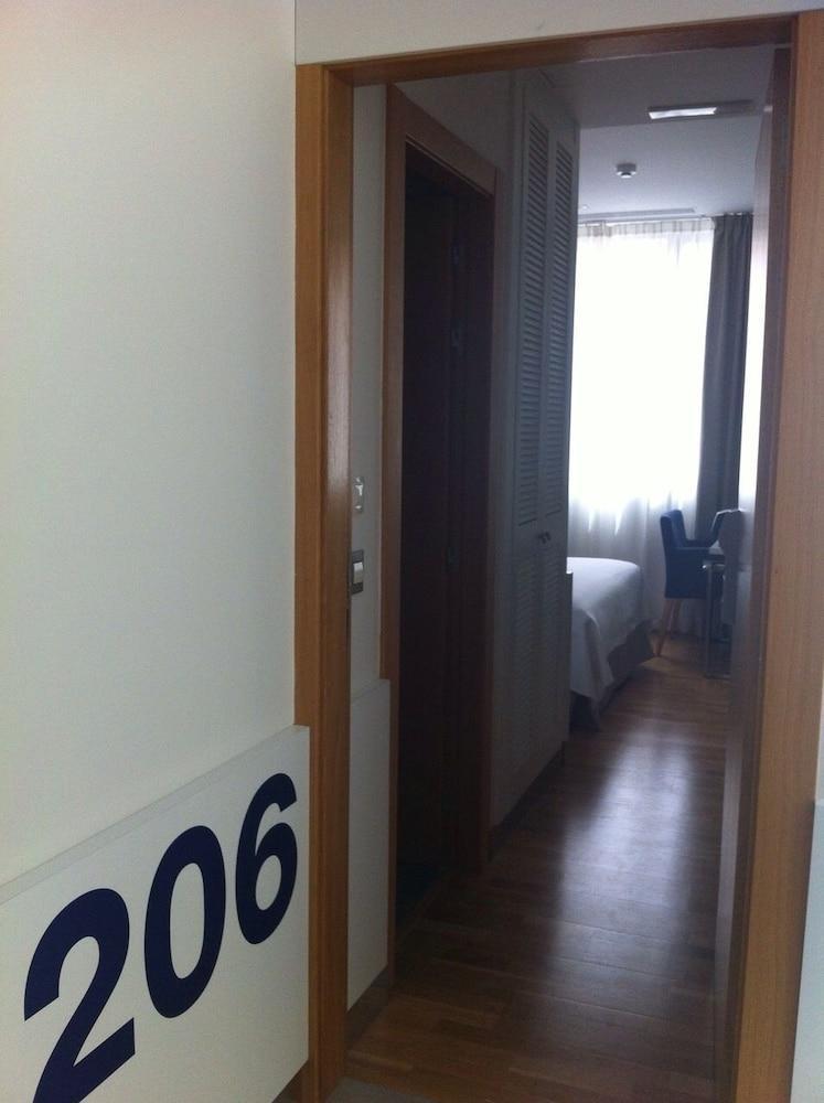 HOTEL BOUTIQUE MUSEO - Hotel cerca del Aeropuerto de Burgos Villafria