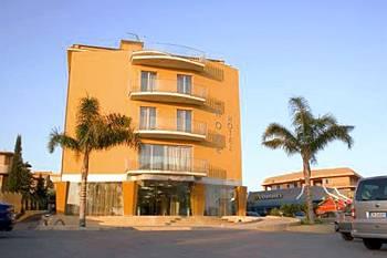 http://www.hotelresb2b.com/images/hoteles/106471_foto1_1.jpg