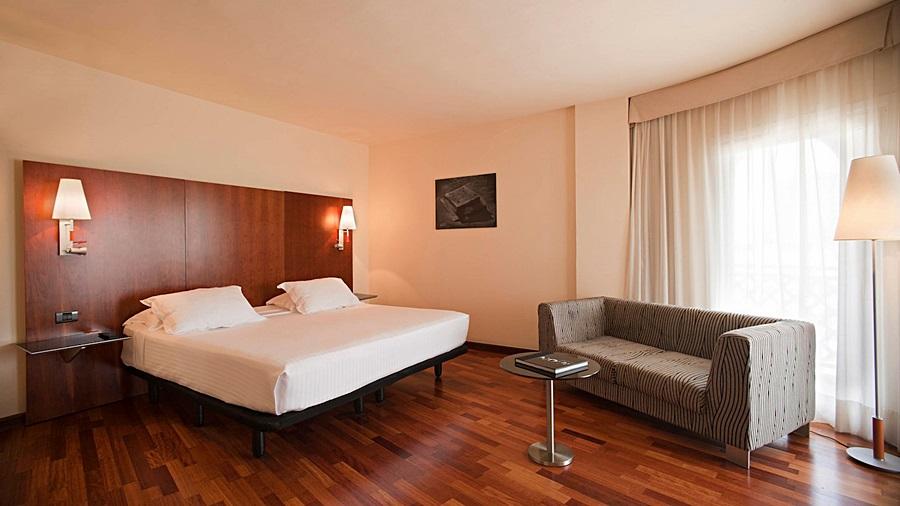 AC HOTEL LA LINEA - Hotel cerca del CLUB DE GOLF LA CAÑADA