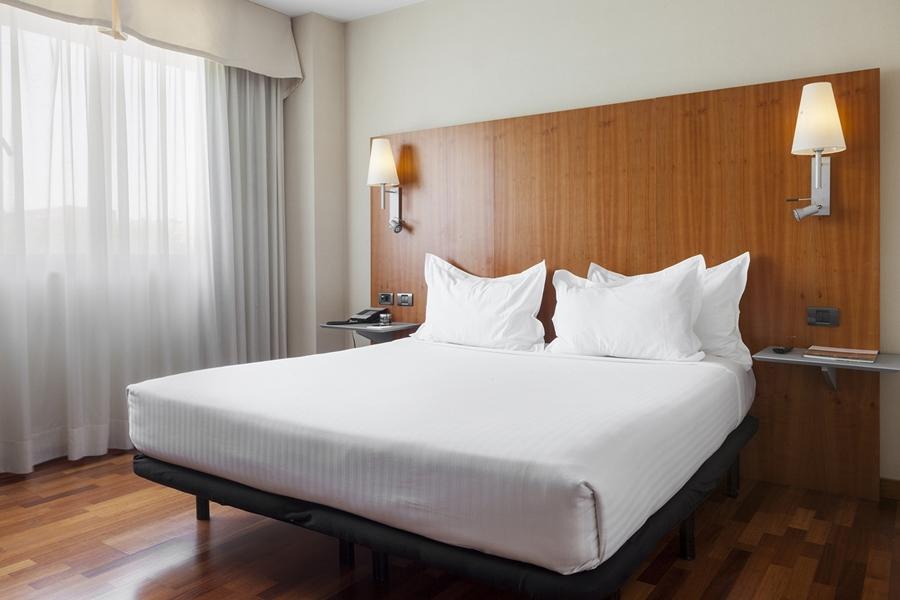 AC HOTEL GUADALAJARA, SPAIN - Hotel cerca del Plaza de Toros de Guadalajara