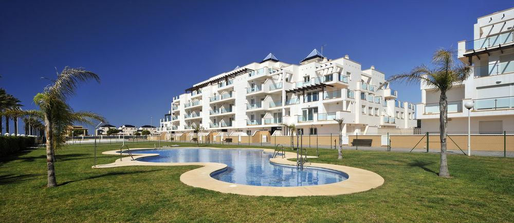 PIERRE&VACANCES ALMERIA ROQUETAS DE MAR - Hotel cerca del Club de Golf Playa Serena