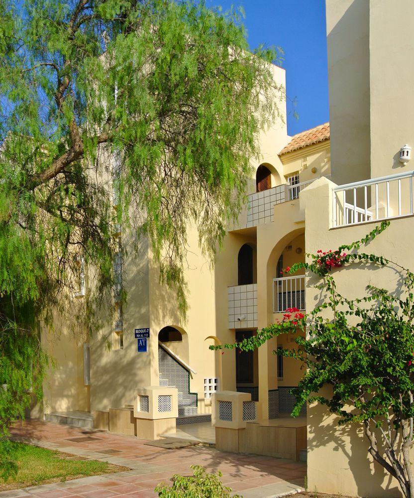 APARTAMENTOS VENECIA - Hotel cerca del Club de Golf Playa Serena