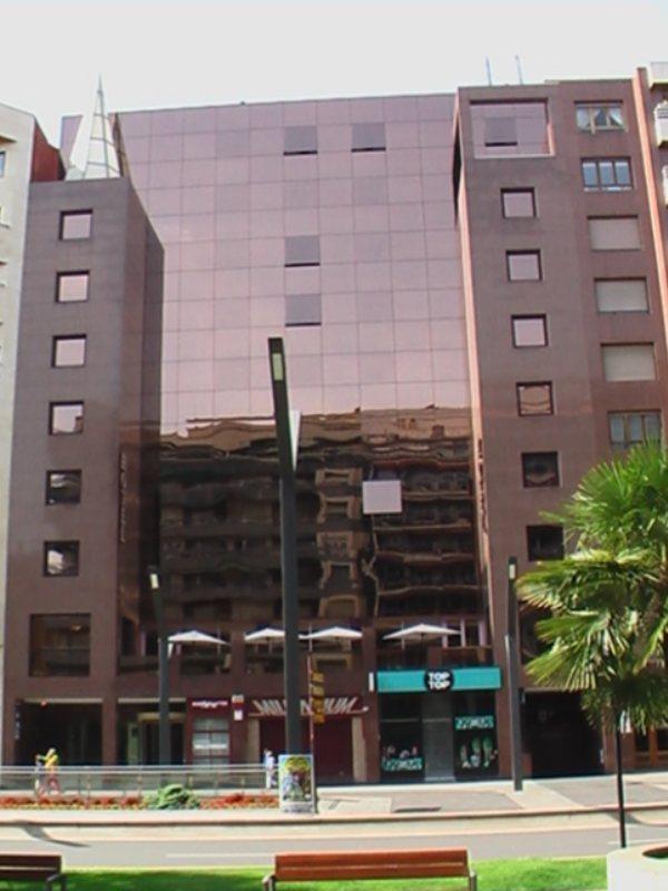 CARLTON RIOJA - Hotel cerca del Aeropuerto de Logroño - Agoncillo