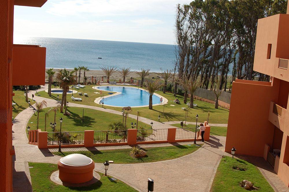 APARTAMENTOS TURÍSTICOS DON JUAN - Hotel cerca del Casares Costa Golf