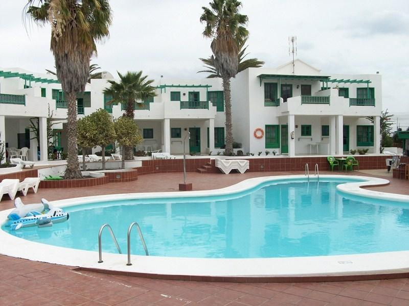 LUZ Y MAR APARTAMENTOS - Hotel cerca del Aeropuerto de Lanzarote