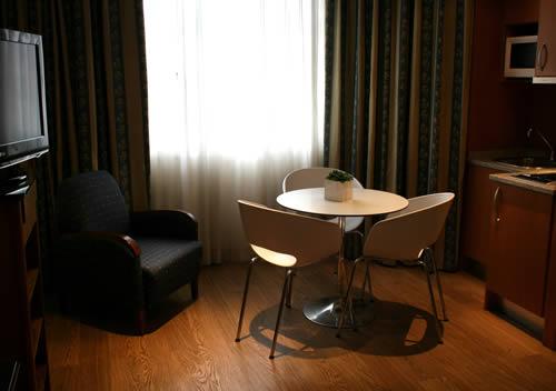 Oferta en Aparthotel Apartosuite Principe Pio en Madrid