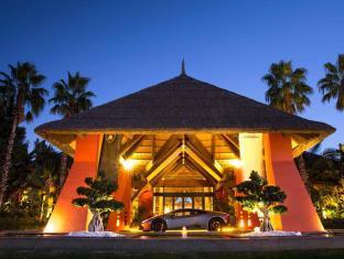 BARCELO ASIA GARDENS THAI SPA - Hotel cerca del Parque Temático Terra Mítica