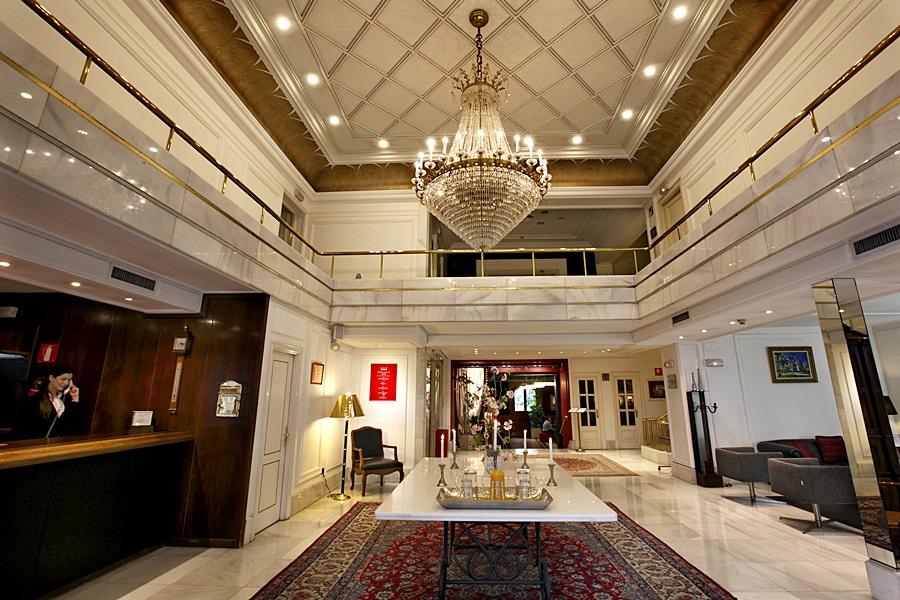 ERCILLA LOPEZ DE HARO - Hotel cerca del Bar-Restaurante Ambigú