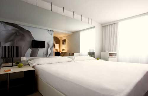 ROOM MATE OSCAR - Hotel cerca del Sala Berlanga