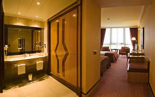 PUERTA DEL CAMINO  HOTEL GASTRONOMICO 4**** SUPERIOR - Hotel cerca del Aeropuerto de Santiago de Compostela Lavacolla
