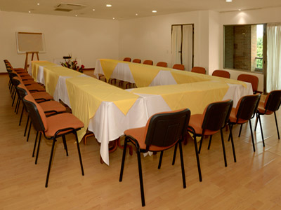 http://www.hotelresb2b.com/images/hoteles/118374_foto_1.jpg
