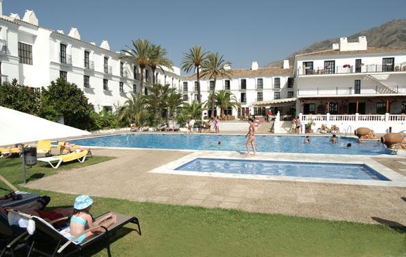 Hoteles cerca de mijas en malaga for Hoteles cerca puerta del sol