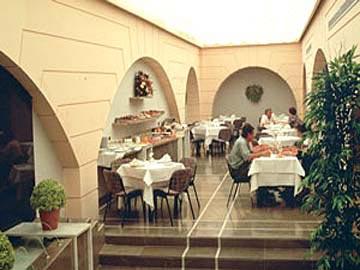 http://www.hotelresb2b.com/images/hoteles/120676_foto1_ESSB321_L1.jpg