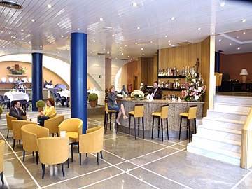 Hotel emperador trajano en sevilla - Apartahoteles sevilla este ...