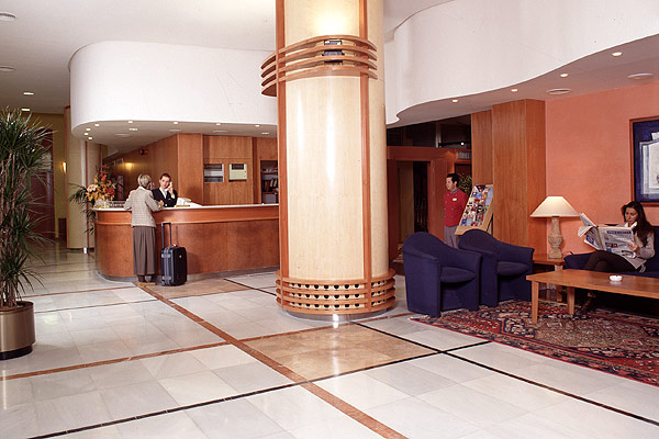 http://www.hotelresb2b.com/images/hoteles/120722_foto1_9_2.jpg