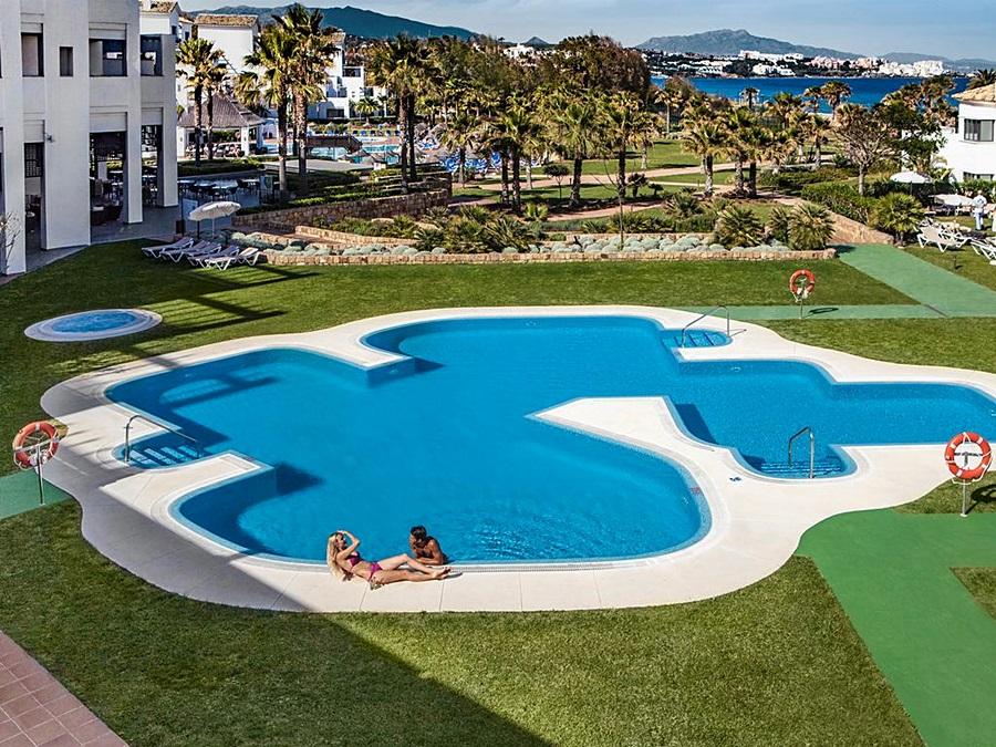 FUERTE ESTEPONA - Hotel cerca del Casares Costa Golf