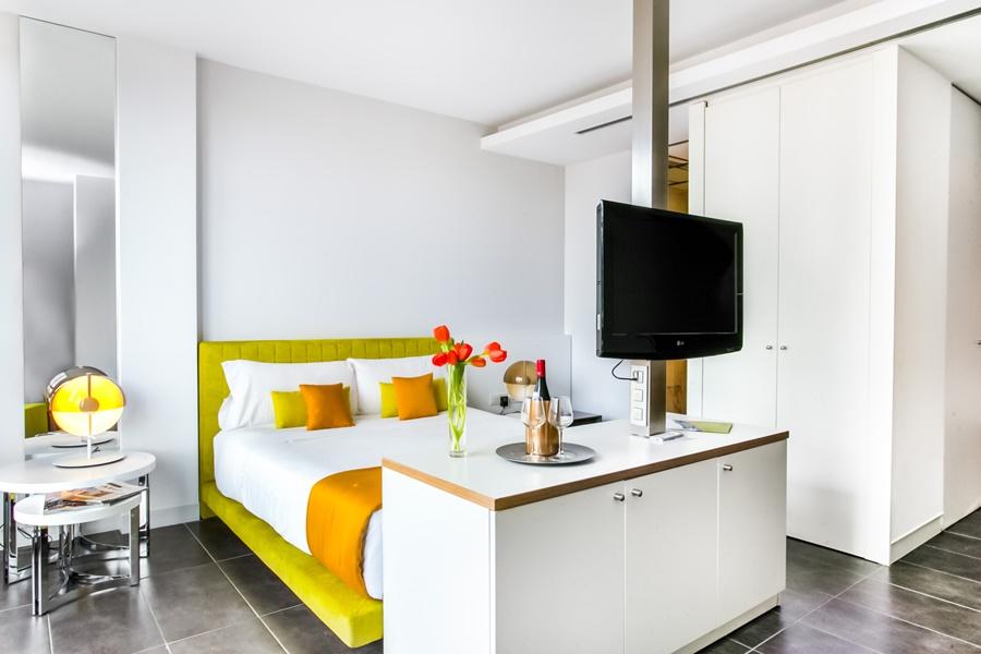 COSMOPOLITA APARTMENTS SANTS - Hotel cerca del Restaurante Zarabanda