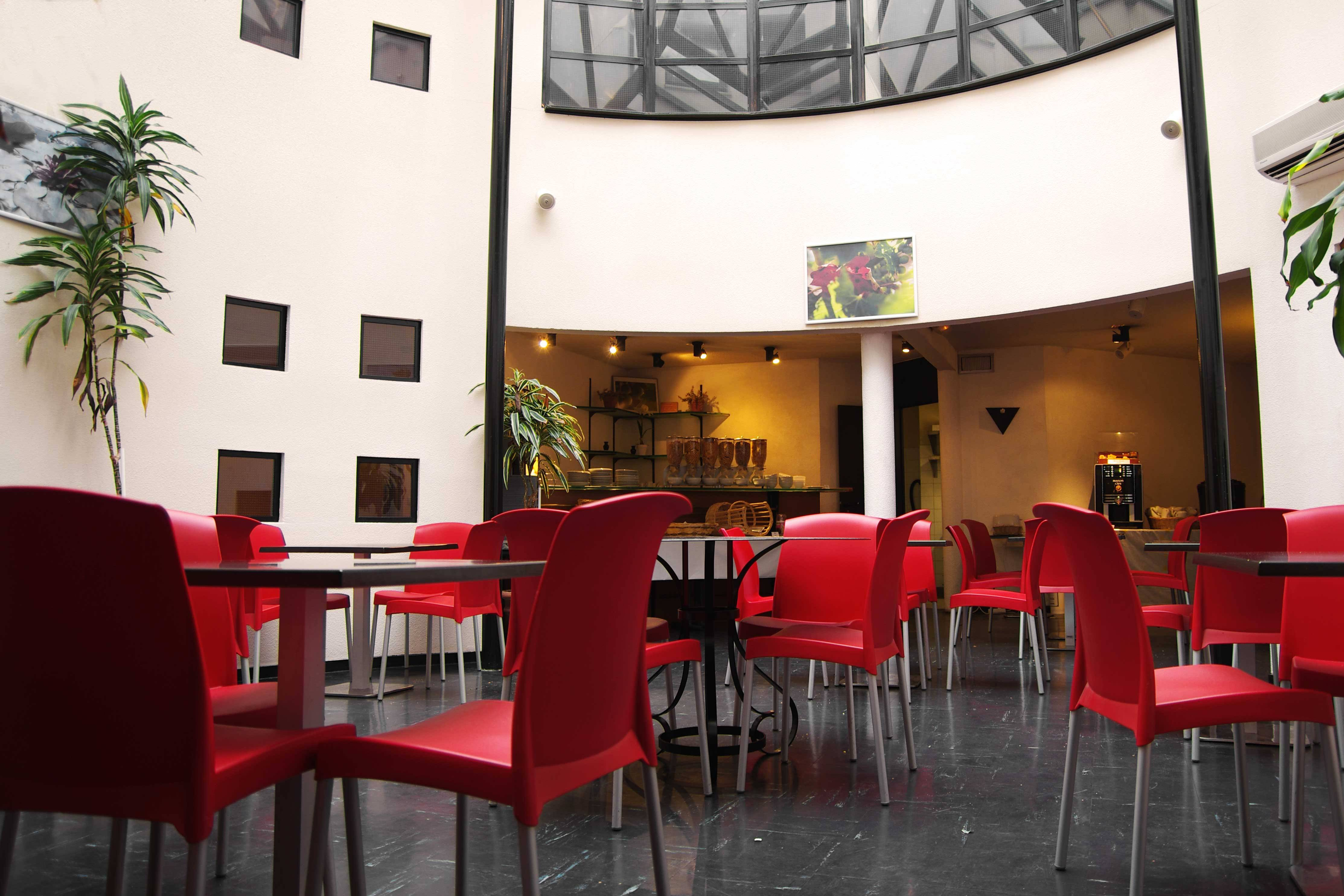 Hotel appart 39 hotel victoria garden bordeaux burdeos for Appart hotel a madrid