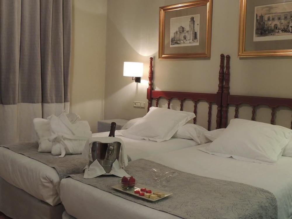 PARADOR DE ZAMORA - Hotel cerca del Plaza de toros de Zamora