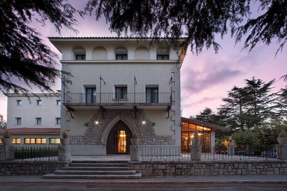 PARADOR DE TERUEL - Hotel cerca del El castillejo campo Municipal de Golf