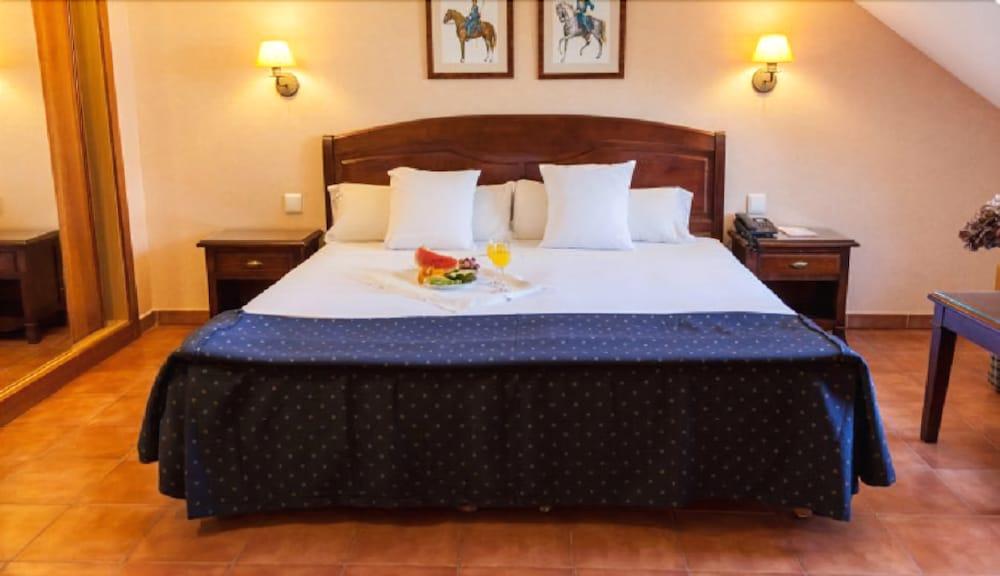SERCOTEL HOTEL LOS LANCEROS - Hotel cerca del Asociación de Golf Villa del Escorial