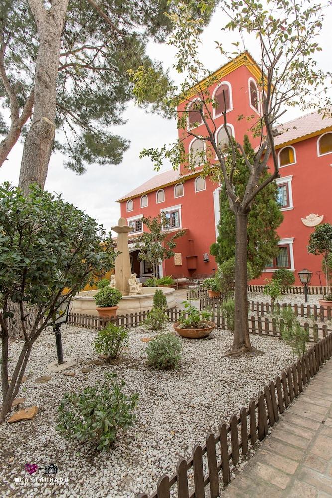 MASIA DE LACY HOTEL - Hotel cerca del Estación  de Sagunto