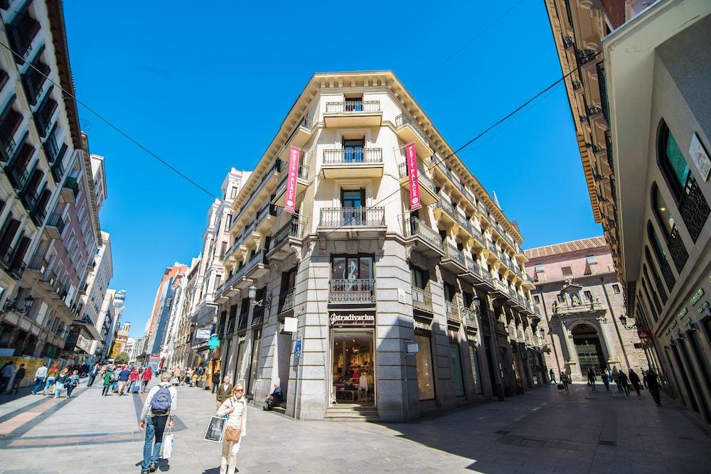 PETIT PALACE PRECIADOS - Hotel cerca del Puerta del Sol