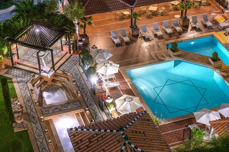 Hotel Santos Saray