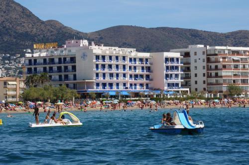 HOTEL MARIAN PLATJA - Hotel cerca del Parque Natural de Aiguamolls de l'Empordà