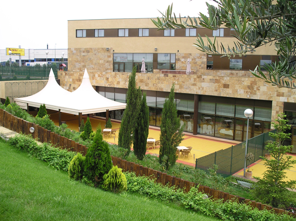 http://www.hotelresb2b.com/images/hoteles/143972_fotpe1_FACHADA.jpg