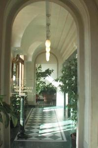 http://www.hotelresb2b.com/images/hoteles/144557_foto1_404590.jpg