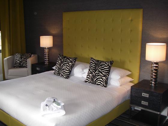 http://www.hotelresb2b.com/images/hoteles/148244_fotpe1_HABITACION.JPG