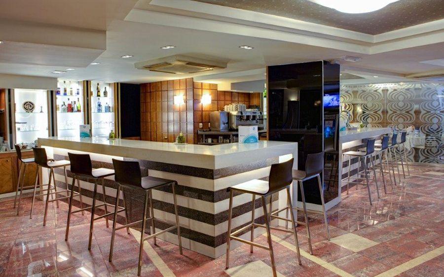 Hotel Nuevo Torreluz Almeria - Diseo-cafeterias-modernas