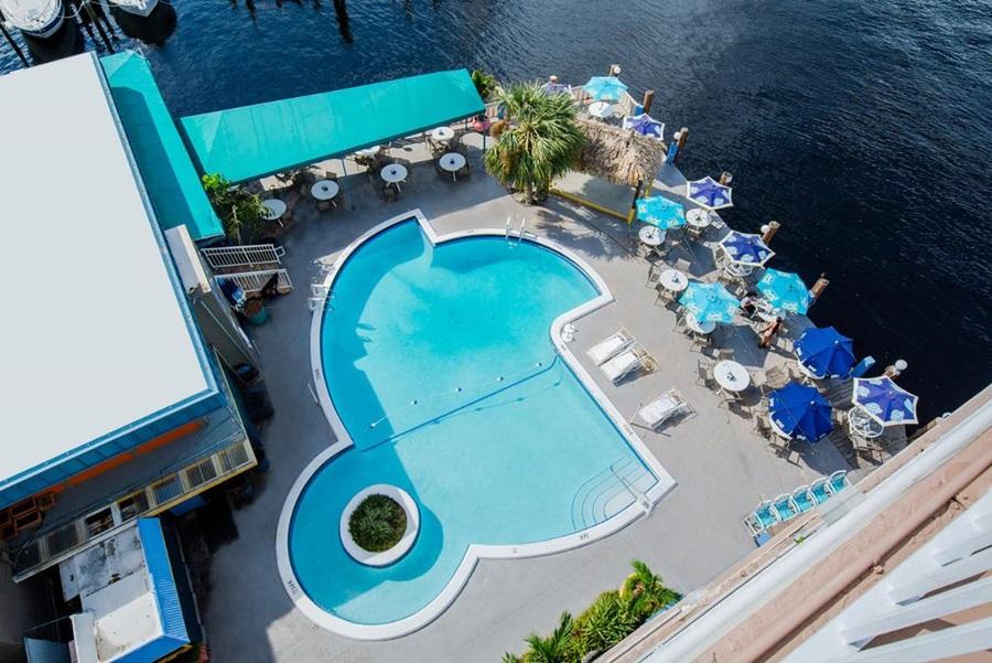 Hotel Sands Harbor Resort And Marina