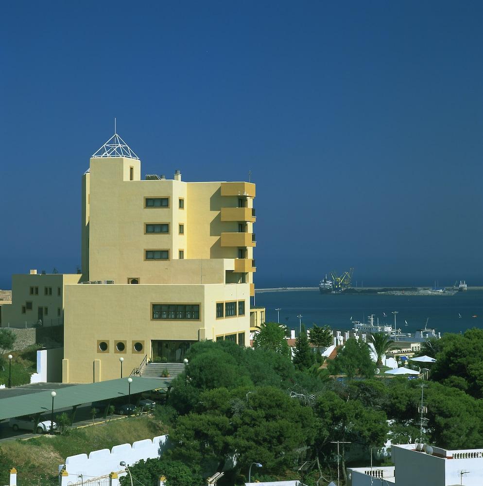 PARADOR DE MELILLA - Hotel cerca del Aeropuerto de Melilla