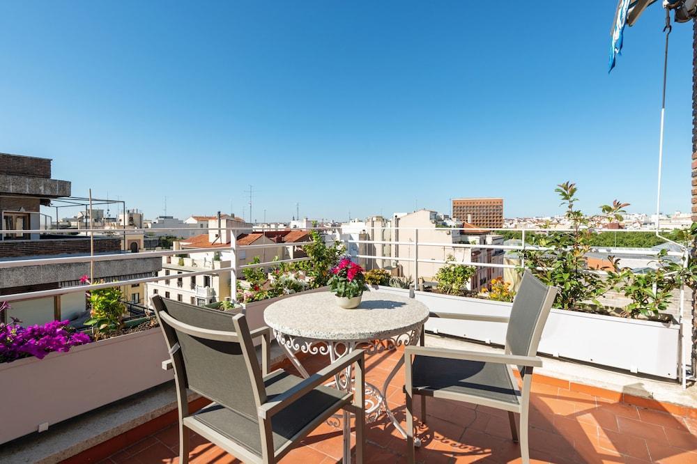 ESPAHOTEL SUITES JERONIMOS - Hotel cerca del Jardín Botánico