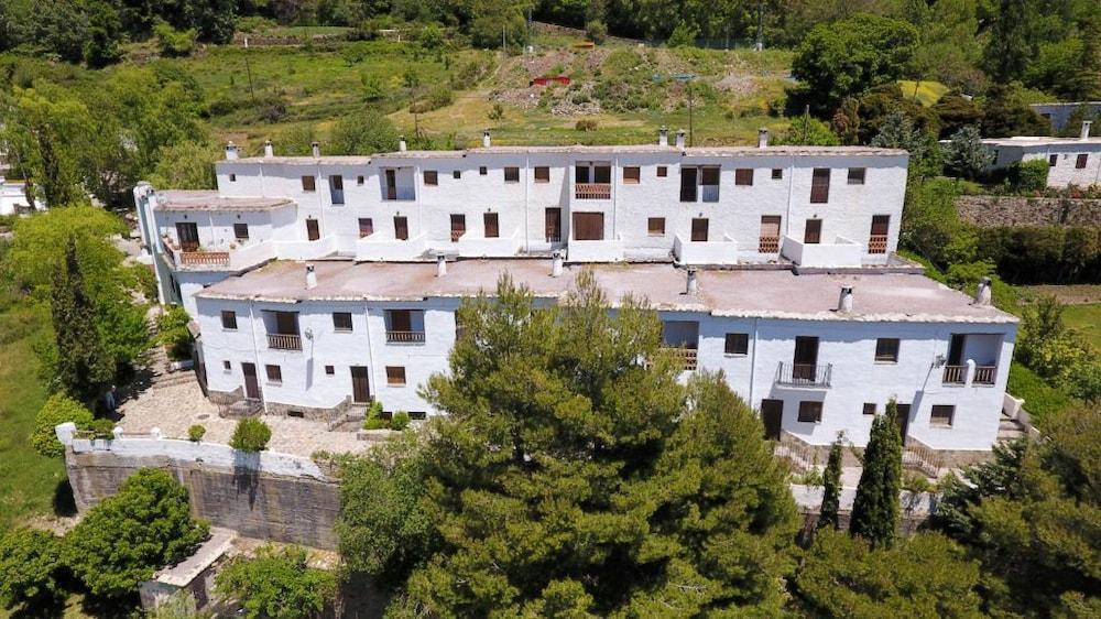 APARTAMENTOS POQUEIRA - Hotel cerca del Comarca de las Alpujarras