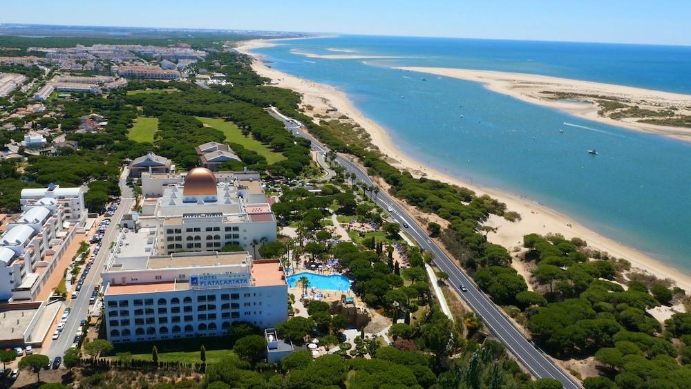 HOTEL PLAYACARTAYA AQUAPARK AND SPA - Hotel cerca del Estadio Nuevo Colombino