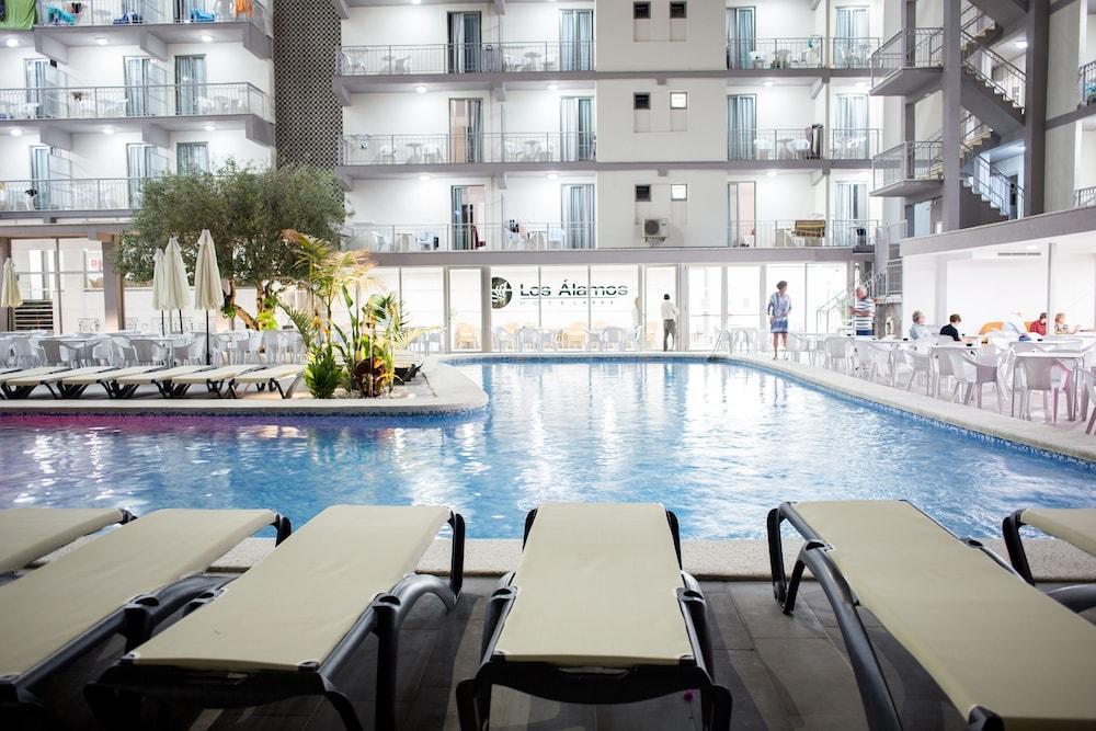 LOS ALAMOS - Hotel cerca del Playa de Levante de Benidorm