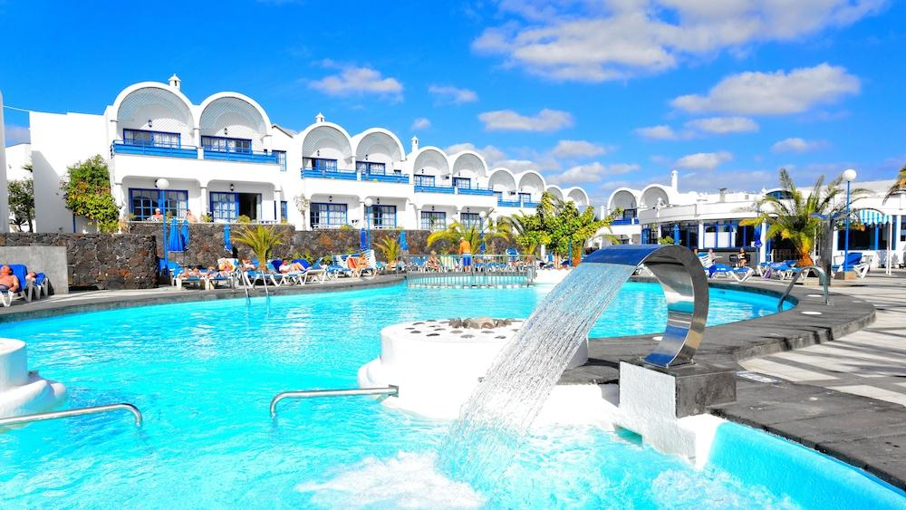 PUERTO CARMEN APARTHOTEL - Hotel cerca del Lanzarote Golf