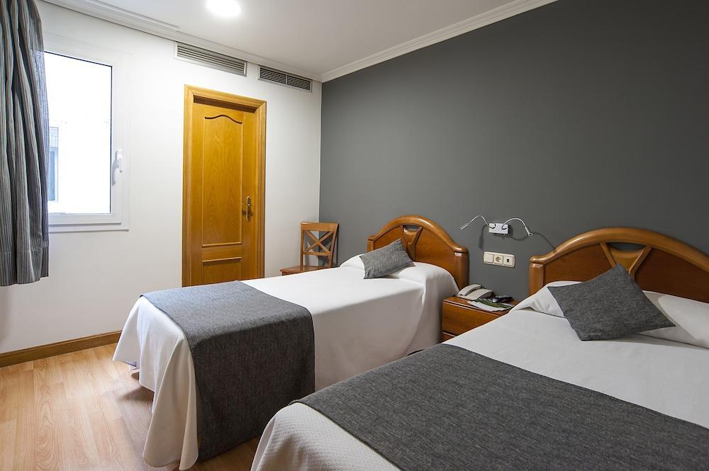 IZAGA ALOJAMIENTO & RESTAURACION - Hotel cerca del Estadio Reyno de Navarra
