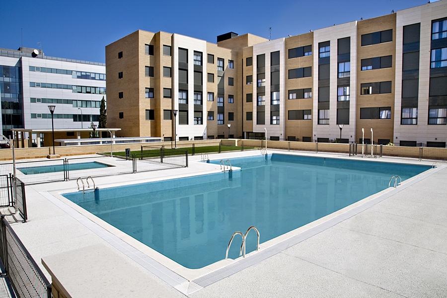 APARTAMENTOS COMPOSTELA SUITES - Hotel cerca del Estadio de la Peineta