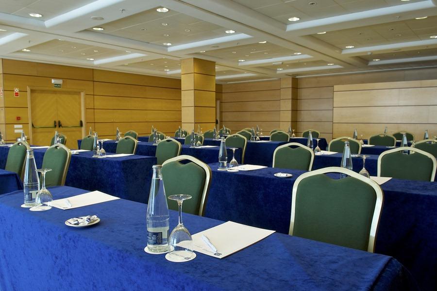 Hotel bw albufera alfafar viajes olympia madrid for Piscina alfafar
