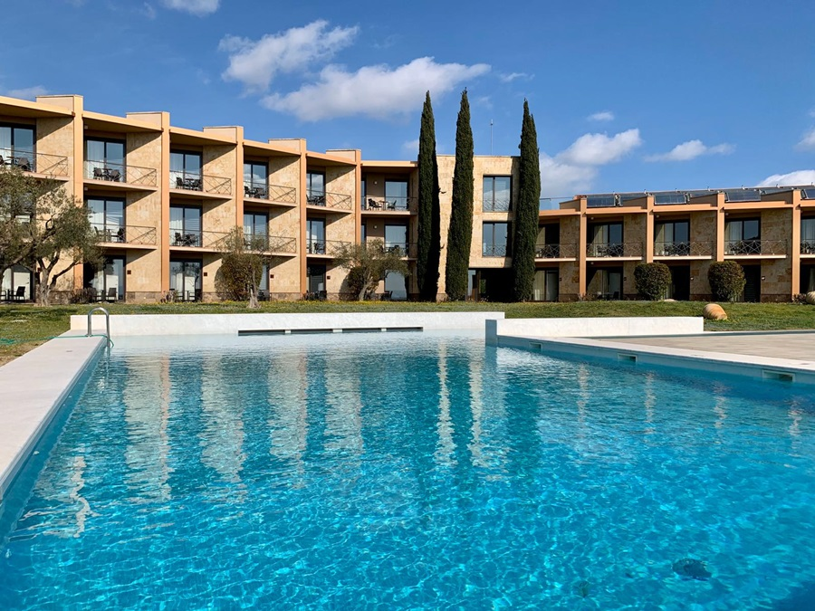 ALBONS - Hotel cerca del Casa-Museo Castillo Gala Dalí