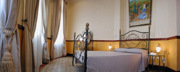 http://www.hotelresb2b.com/images/hoteles/160778_fotpe1_HABITACIONOK11.JPG
